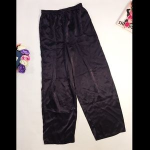 Victoria's Secret purple pajama pants size L